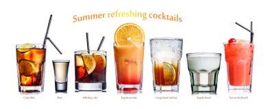 De zomer verfrissende die cocktails op wit worden geïsoleerd Royalty-vrije Stock Foto's