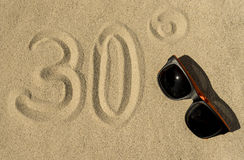 De zomer, Zon, Strand - 30° Stock Foto