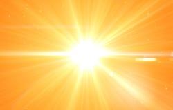 De zomerachtergrond met een prachtige zonuitbarsting vector illustratie