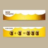 De zomerbanner met bier en koppen Royalty-vrije Stock Foto