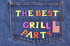 De zomerbarbecue of het Concept van Inventation van de Grillpartij op Jeans Achter Royalty-vrije Stock Fotografie
