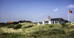 De zomerhuizen bij het eiland Fano in het Deense wadden overzees Stock Foto's