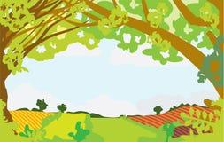 De zomerlandschap door Bomen wordt ontworpen die Stock Afbeeldingen