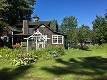 De zomerplattelandshuisje Royalty-vrije Stock Foto's