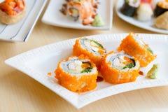 De Zomerrij van Maki Sushi of van Sushi royalty-vrije stock afbeeldingen