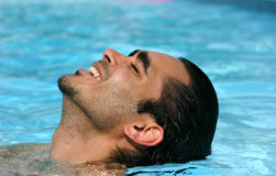 De zomers in de pool royalty-vrije stock afbeelding