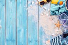 De zomervakantie het zwemmen achtergrondthema stock fotografie