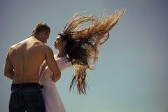 De zomervakantie, zwerflust, exemplaarruimte Paar in liefde Verhouding, Romaans concept royalty-vrije stock foto's