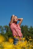 De zomervrouw royalty-vrije stock afbeeldingen
