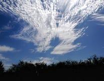 De zomerwolken Stock Afbeeldingen