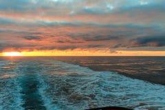 De zon over het overzees Royalty-vrije Stock Afbeeldingen