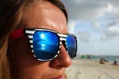 De zonbezinning van de zonnebril Stock Afbeeldingen