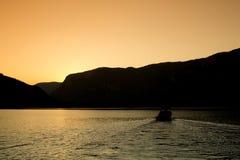 De zonreeks, Mening van Bhumibol-Dam, Tak-provincie, Thailand Stock Foto's