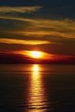 De zonsondergang bij het overzees Royalty-vrije Stock Fotografie