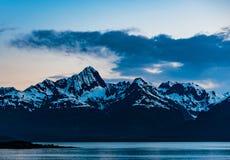 De Zonsondergang van Alaska stock foto's