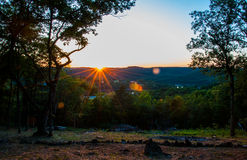 De zonsondergang van Arkansas over eureka-de lentes stock afbeelding