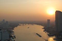De zonsondergang van Bangkok Stock Afbeeldingen