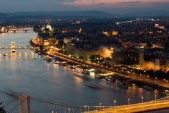 De zonsondergang van Boedapest Stock Afbeeldingen