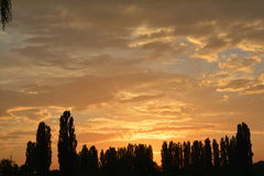 De zonsondergang van de avond Royalty-vrije Stock Afbeeldingen