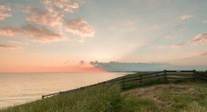 De zonsondergang van de de zomeravond royalty-vrije stock fotografie