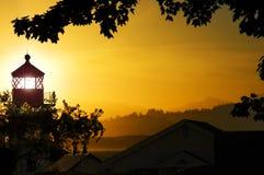 De Zonsondergang van de vuurtoren Stock Afbeeldingen