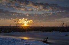 De zonsondergang van de winter royalty-vrije stock foto