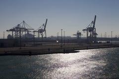De zonsondergang van Dockland stock afbeeldingen