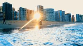 De zonsondergang van het Brazillianstrand Fortaleza - Cearà ¡ stock fotografie