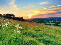 De zonsondergang van het de herfstlandschap Stock Foto