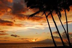 De Zonsondergang van het eiland royalty-vrije stock afbeeldingen