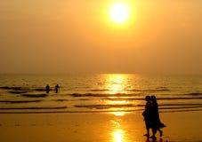 De zonsondergang van het eiland royalty-vrije stock fotografie