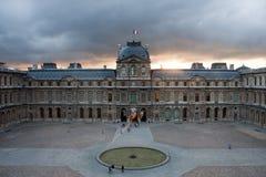 De Zonsondergang van het Louvre Stock Afbeelding