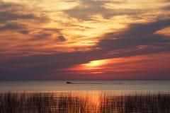 De Zonsondergang van het meer Stock Fotografie