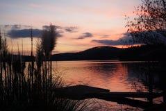 De zonsondergang van het meer Royalty-vrije Stock Afbeelding