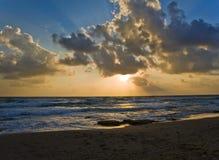 De zonsondergang van het strand Stock Fotografie