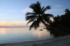 De Zonsondergang van het strand - Thailand stock afbeelding