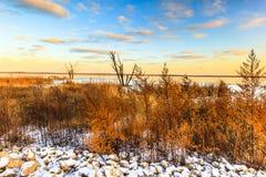 De Zonsondergang van Illinois in Emiquon Stock Foto's