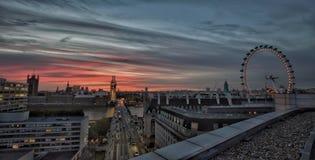 De zonsondergang van Londen stock foto's