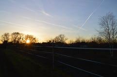 De zonsondergang van Nice boven Tsjechisch land stock afbeeldingen