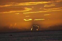 De Zonsondergang van Papeete Stock Foto's