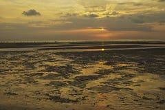 De zonsondergang van strandrimpelingen Stock Foto