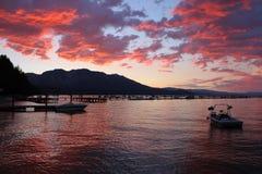 De Zonsondergang van Tahoe van het zuidenmeer stock afbeelding