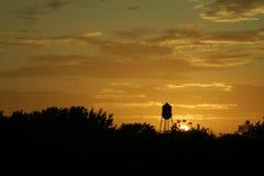 De zonsondergang van Texas en watertoren Royalty-vrije Stock Afbeelding