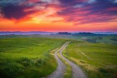 De zonsondergang van Toscanië Royalty-vrije Stock Afbeeldingen