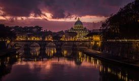 De zonsondergang van Vatikaan Stock Foto