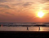 De zonsondergang van Zandvoort Stock Afbeeldingen