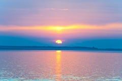 De zonsondergangmening van het meer Royalty-vrije Stock Fotografie