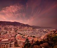 De zonsondergangwolken van Monaco Stock Foto's