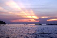 Dakraam aan het overzees in oesterslandbouwbedrijf Stock Afbeeldingen