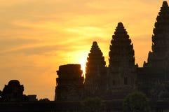 De zonsopgang van Angkor Stock Foto's